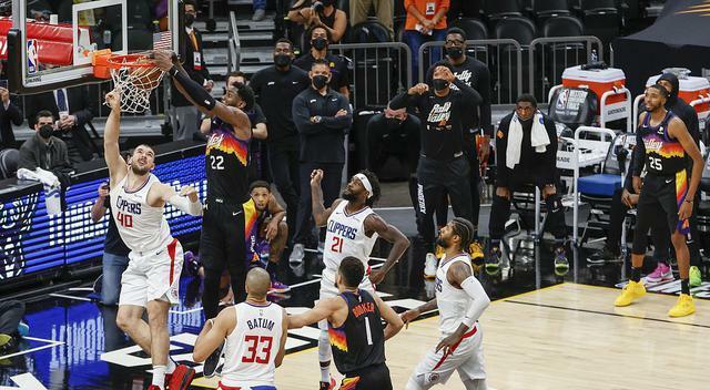 NBA前瞻,特雷杨被霍乐迪限制,字母哥没有对位球员,雄鹿大胜老鹰