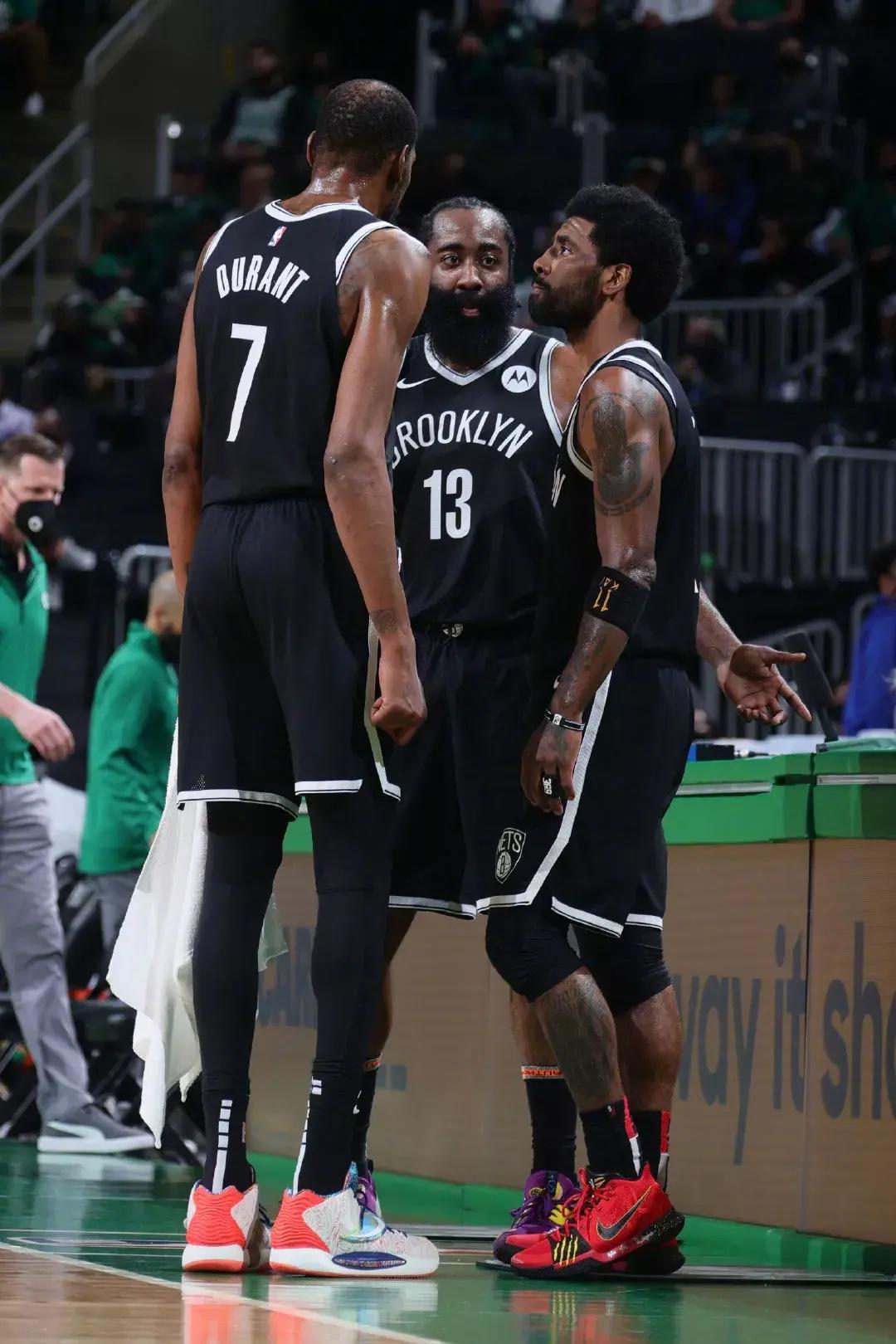 NBA :杜兰特职业生涯单赛季荣誉一览,基本上那个赛季都有荣誉进账